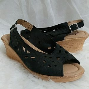 SPRING FORM Cork Wedge Leather Sandals